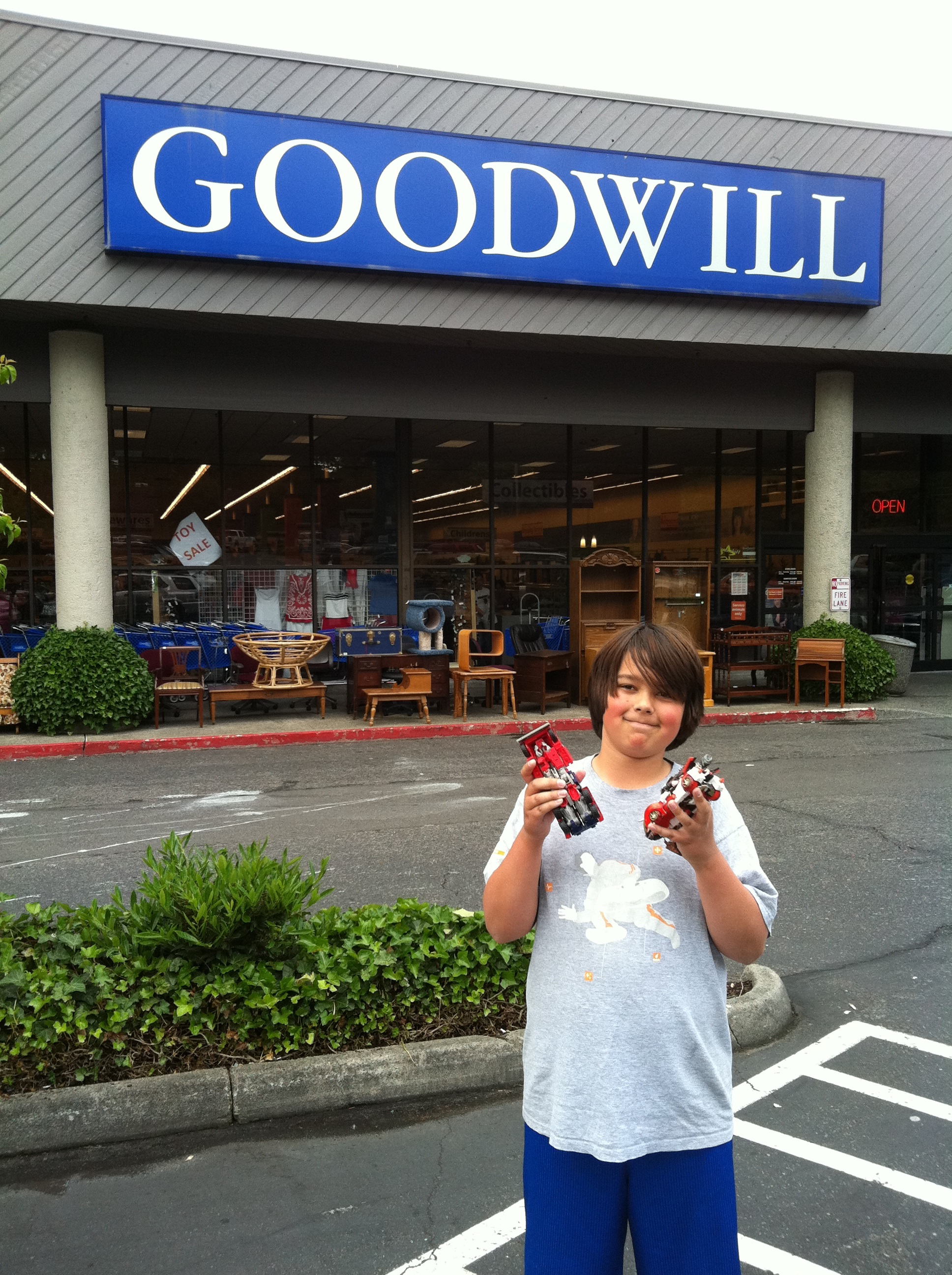 Really, Really (GOODwill) Renton | Livingthegoodwilllife's ... Goodwill